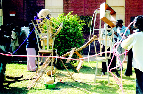 student sculpture workshop in the quadrangle of the College of Fine and Applied Art