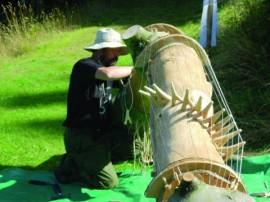 Seung-hyun Ko working on an 8-metre-long Kaya