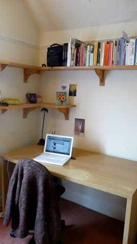 My lovely desk at my home in York, circa 2009/10
