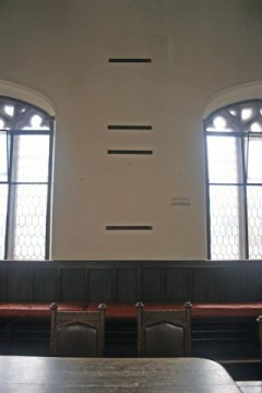 Missing Portraits at the Guildhall Council Chamber