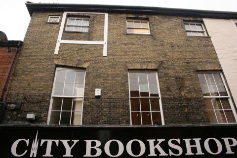 City Bookshop - Yallops Goldsmith and Lottery Shop?