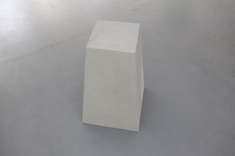 Model for a Mute Triangulation Pillar