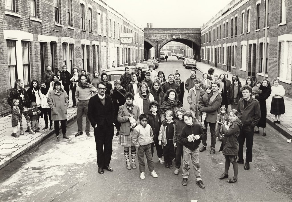 Artists and their families living on Beck Road