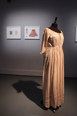 Anna Dumitriu, The Romantic Disease Dress