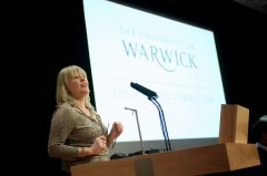 Warwick_Vikki