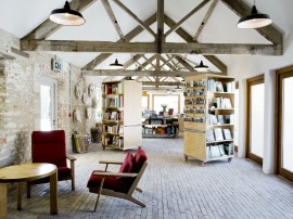 Hauser & Wirth Somerset, Reception. Courtesy the artists and Hauser & Wirth. Photo: Aaron Schuman