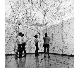 Gego, Reticulárea (ambientación), 1969. Courtesy: Museo de Bellas Artes, Caracas
