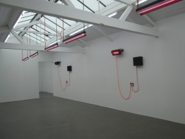DRAY, Installation view.