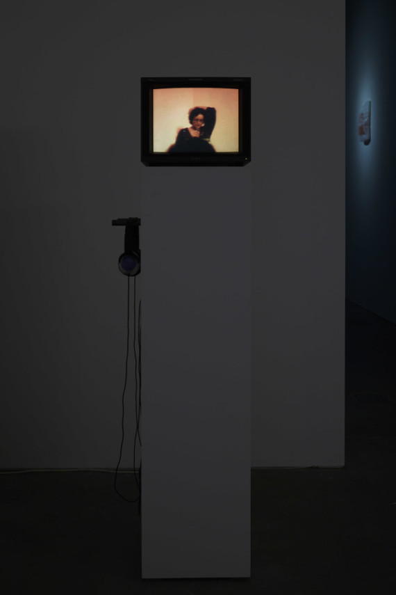 Fiona Banner, Mirror, 2007, Video, monitor, plinth. Installation, Ikon Gallery, 2015. Courtesy the artist and Ikon Gallery. Photo: Stuart Whipps