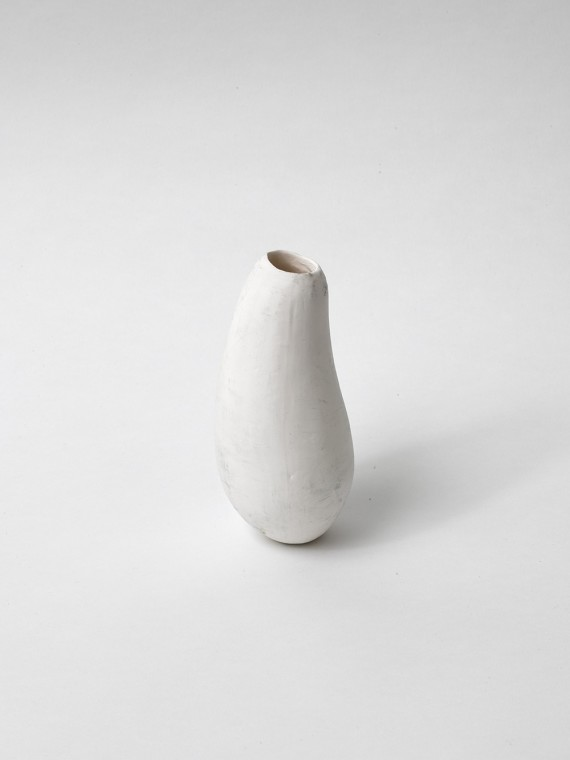 Miriam Austin, Large vase. Edition of 7  Individual porcelain pieces with white, blue and grey glazes (colours vary)  14.7cm (h) x 7cm (w) x 7cm (d). Photos: Jack Hems