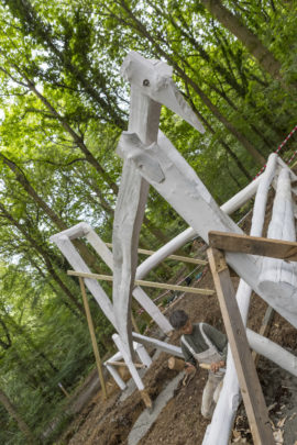Installation of Pomona Zipser's new work for the Forest of Dean Sculpture Trail, Yaşasin, 2016. Courtesy: Forest of Dean Sculpture Trust