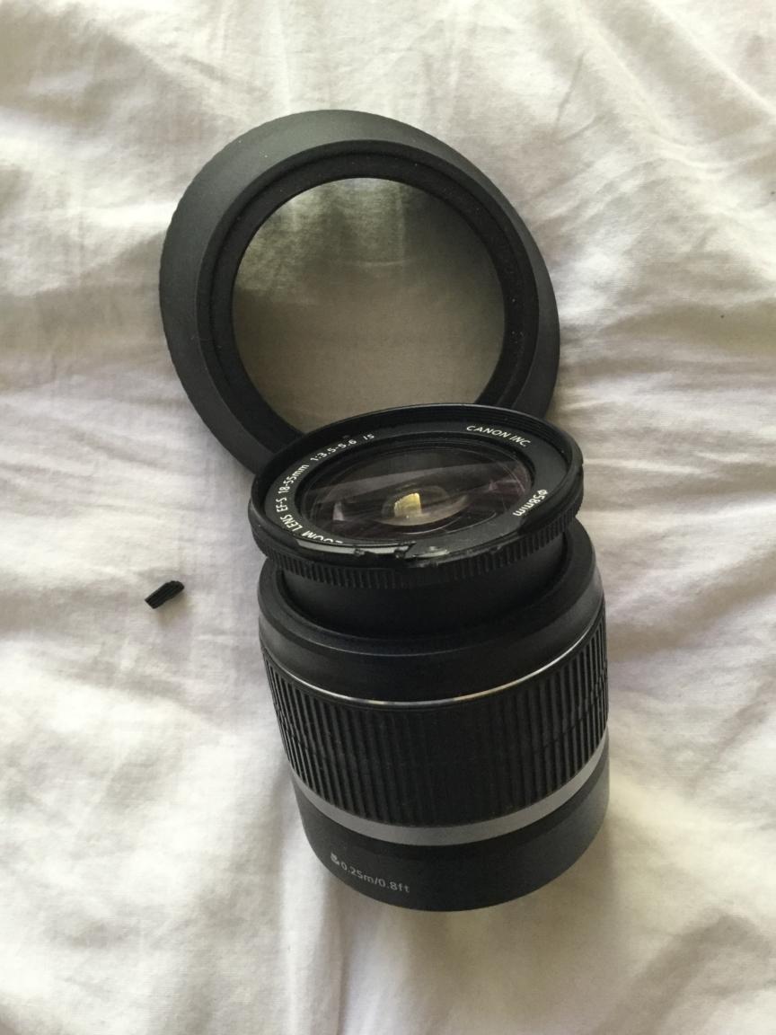Canon 550D Lens (Damaged)