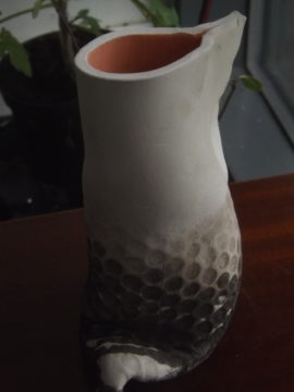 textured centre of gravity pot