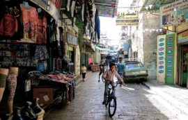 Racing through Nablus Souq