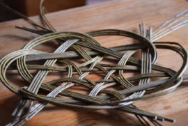 Weave a willow knot basket