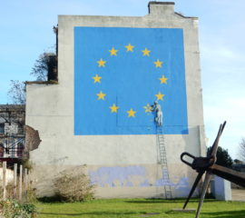 Dover (Kent), Brexit, wallpainting by Banksy. Photo: Paul Bissegger via WikiMedia Commons (https://commons.wikimedia.org/wiki/File:Douvres,_Brexit,_par_Banksy_(2017)_1.jpg), CC-BY-SA-4.0 (https://commons.wikimedia.org/wiki/Category:CC-BY-SA-4.0)