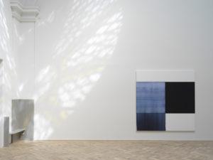 Callum Innes, Oriental Blue, 2018, oil on linen, 235 x 230cm, Ingleby Gallery, Edinburgh. Photo: Tom Nolan; Courtesy: Callum Innes and Ingleby Gallery
