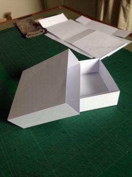 white card 'matchbox'