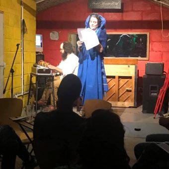 Dominique performing