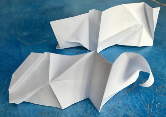Paper as connecting element